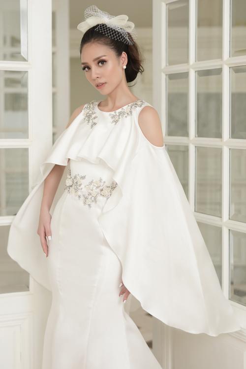 Váy cưới mang nét cổ điển, lãng mạn cho cô dâu thích sự tối giản - 5