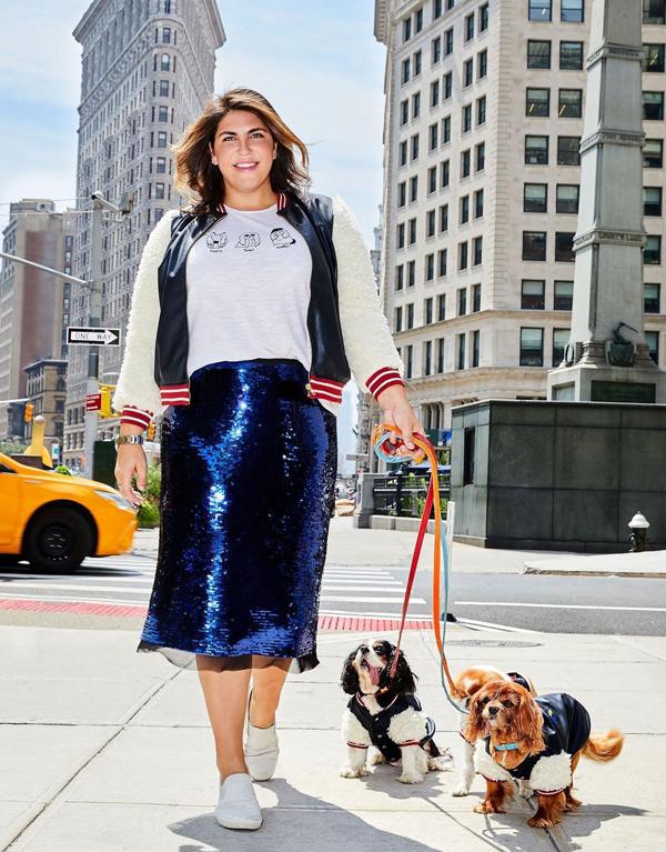 Katie  Sturino tin rằng mọi cô gái đều có thể diện đồ cuốn hút dù mặc size nào. Đặc biệt, blogger người Mỹ thường xuyên copy phong cách của các model, diễn viên hay nhân vật nổi tiếng, qua đó truyền tải thông điệp: Ai mặc đẹp hơn không quan trọng, quan trọng là bất cứ ai cũng có thể diện bất cứ thứ gì.