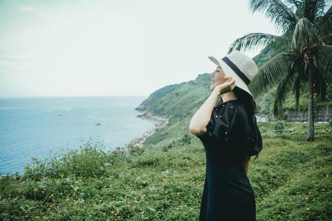 Đinh Hiền Anh ra mắt MV thứ hai trong dự án Thương - 6