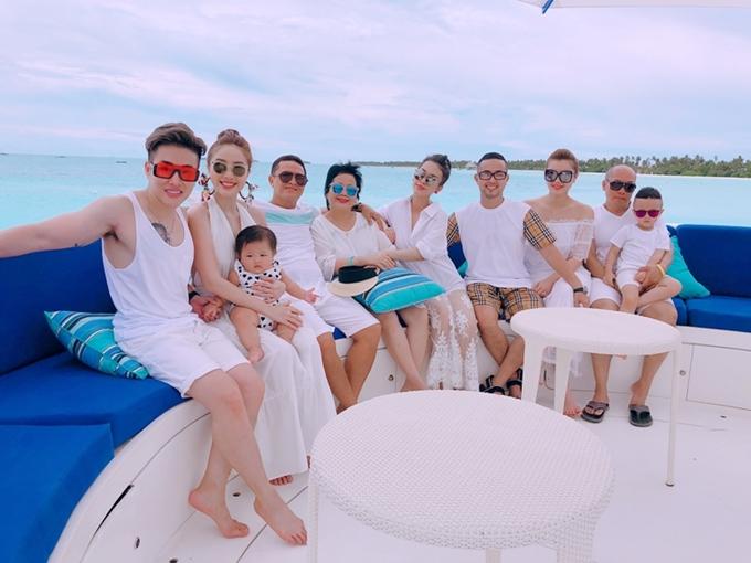 chuyến đi lần này còn đánh dấu kỷ niệm 1 năm ngày cưới của anh trai Gia Bảo và chị dâu Trang Pilla