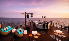Những bar bãi biển lãng mạn như Tây ở ngay Việt Nam