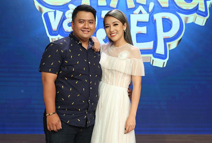 Trên sóng một chương trình truyền hình, đạo diễn Diệp Tiên cho biết anh và bạn gái - diễn viên Puka dự kiến tổ chức vào cuối năm 2018. Họbén duyêntừ chương trình Cười xuyên Việt 2016 vàtình cảm gắn bó mặn nồng.