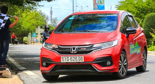Honda CR-V và Jazz tiết kiệm nhiên liệu ấn tượng - 1