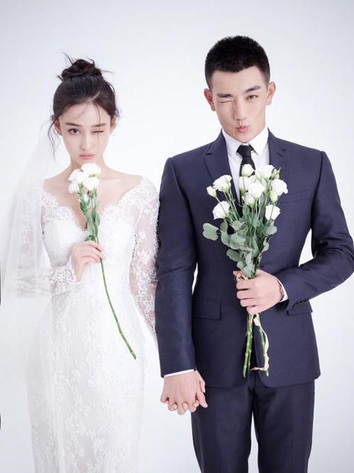 Gái hư một thời của làng giải trí Cbiz - Trương Hinh Dư hạnh phúc bên chồng Hà Tiệp. Ảnh:News