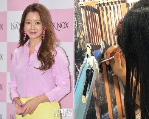Kim Hee Sun khoe ảnh con vẽ tranh trên mạng xã hội.