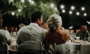 4 điều bạn nên dành thời gian làm trong ngày cưới