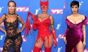 Dàn người đẹp hở bạo trên thảm đỏ MTV Video Music Awards