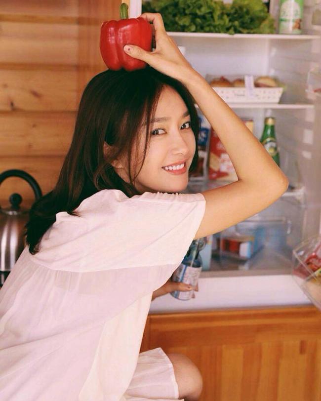 Tần Lam luôn gópmặt trong danh sách những mỹ nhân đẹp nhất của truyền hình Hoa ngữ nhiều năm trở lại đây.
