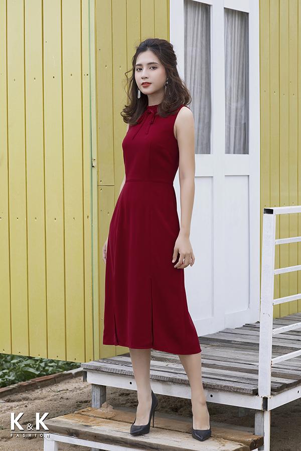 Đầm maxi đỏ xẻ tà lạ mắt KK78-08 giá 440.000 đồng.