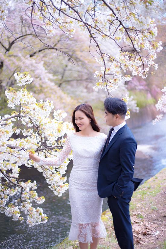 Bộ ảnh cưới của Tuyết Lan được thực hiện tại New York, nơi cô và chồng quen nhau và chính thức bén duyên.