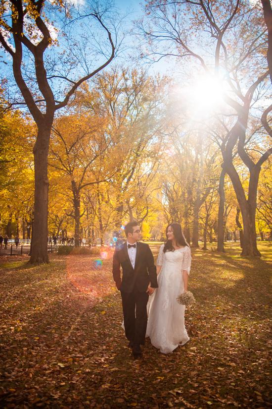 Việc kéo dài thời gian khi thực hiện bộ ảnh đã giúp Tuyết Lan và chồng có được những khoảnh khắc đẹp ở nhiều thời khắc của từng mùa.