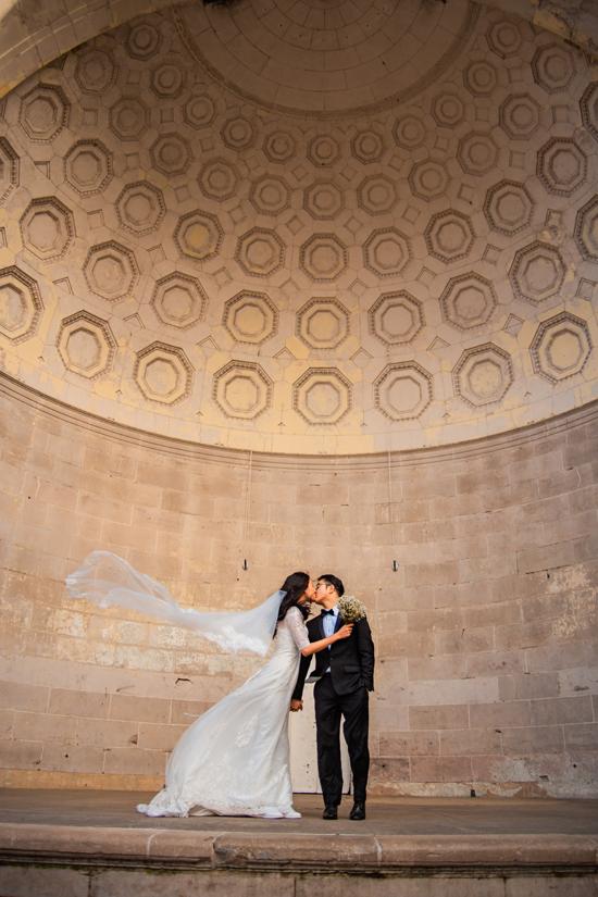 Những công trình kiến trúc, danh thắng nổi tiếng của New York ghi dấu những kỷ niệm của 3 năm yêu nhau giữa Tuyết Lan và chông mới cưới.