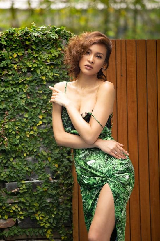 Hiện tại, Phương Mai có cuộc sống khá bận rộn với lịch chạy show MC, dự sự kiện. Với khả năng nói tiếng Anh lưu loát, cô luôn là sự lựa chọn hàng đầu của nhiều đơn vị tổ chức sự kiện quốc tế. Phương Mai đang có mặt tại Seoul để làm MC cho chung kết cuộc thi Miss Supranational Vietnam 2018.