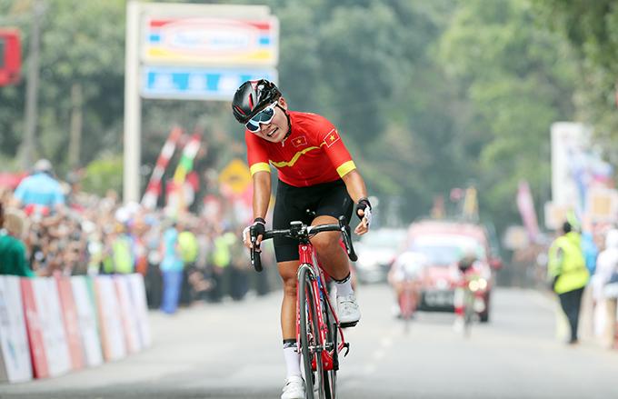Nguyễn Thị Thật cho biết cô đã nỗ lực hết khả năng trong cuộc đua trưa 22/8. Ảnh: Đức Đồng.
