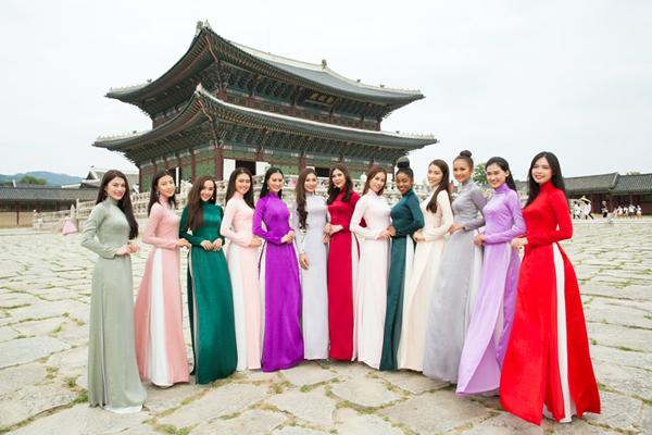 Ban tổ chức Miss Suprational Vietnam vừa tung ra bộ ảnh của các người đẹp thực hiện tại Cung điện Gyeongbokgung.