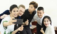 Ngọc Hân hội ngộ vợ chồng Thủy Tiên - Công Vinh tại Phú Quốc