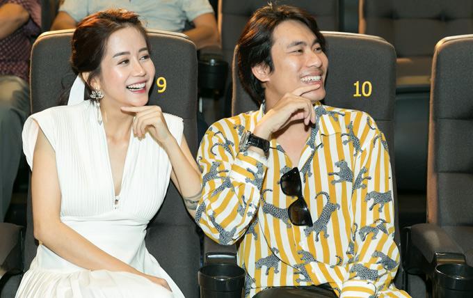 Kiều Minh Tuấn, An Nguy bật cười khi xem lại những tình huống hài hước họ diễn cùng nhau trong phim. Nam diễn viên thừa nhận, nhân vật ông bố đơn thân tên Đông Bắc có tính cách khá giống anh ngoài đời.