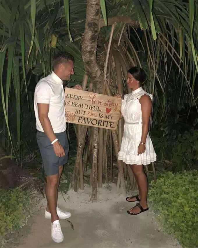 Vardy và bà xã Rebekah bí mật hẹn hò ở địa điểm lãng mạn trên hòn đảo du lịch dịp nghỉ hè cùng nhau mới đây.