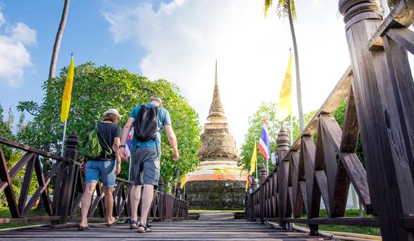 Du lịch trăng mật tại Thái Lan.