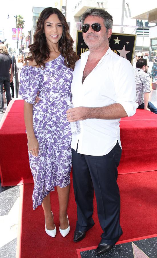 Bạn gái cũ là diễn viên Terri Seymour cũng đến chúc mừng Simon Cowell.