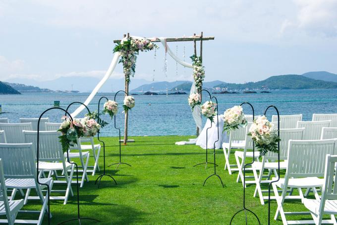 Địa điểm tổ chức tiệc cưới lãng mạn bên bờ biển - 2