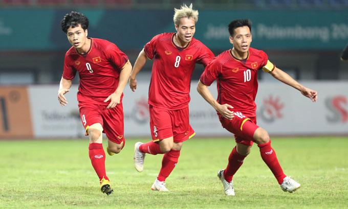Việt Nam thắng Bahrain 1-0 để đi tiếp. Ảnh: Đức Đồng.