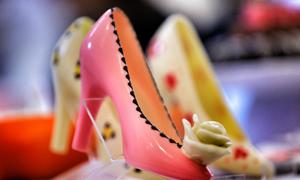 Quà tặng làm từ chocolate dễ thương cho hôn lễ