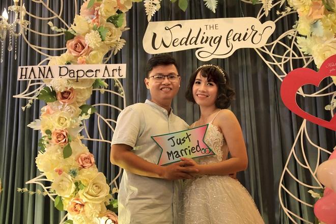 Chị Ngọc Hiệp cho biết, chị rất quan tâm đến công đoạn trang điểm và chụp ảnh cưới cho ngày trọng đại sắp đến vì để lưu giữ kỷ niệm đẹp.