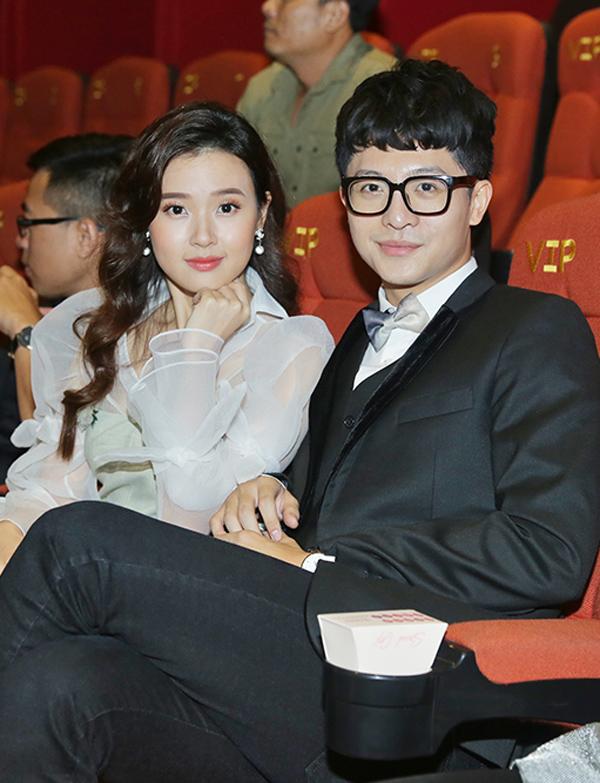 Diễn viên Midu diễn cặp cùng Harry Lu trong Tôi là Lụa. Bộ phim này đánh dấu sự trở lại của Harry Lu sau hơn 20 lần phẫu thuật tạo hình lại gương mặt. Anh từng bị tai nạn giao thông nghiêm trọng làm ảnh hưởng tới dung mạo. Harry Lu đóng vai một ngôi sao nổi tiếng châu Á. Anh tình cờ gặp một cô gái có ngoại hình xấu xí tên Lụa và vướng vào chuyện tình nhiều bất ngờ.