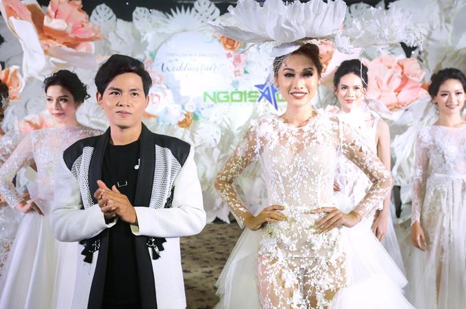 Với chủ đề của Triển lãm cưới Ngôi Sao DIY Wedding: Darling, Im yours, NTK Phan Quốc An muốn đem đến thêm nhiều lựa chọn về trang phục cho các cô dâu hiện đại, cá tính, không ngại thể hiện cái tôi.