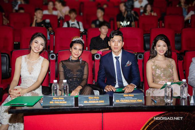 Đảm nhận vai trò giám khảo trong buổi casting của dự án Ngôi sao danh vọng- Leading stars Project hôm qua còn cóManhunt International 2017Trương Ngọc Tình, Hoa hậuThu Thủy.