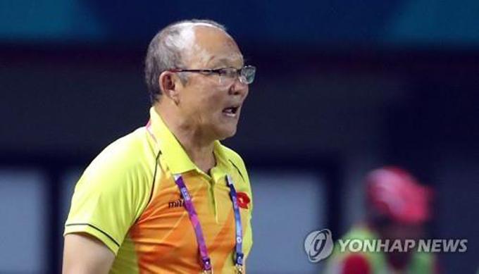 Huấn luyện viên trưởng Park Hang-seo muốn cùng các cầu thủ Việt Nam đi đến chung kết. Ảnh: Yonhap.