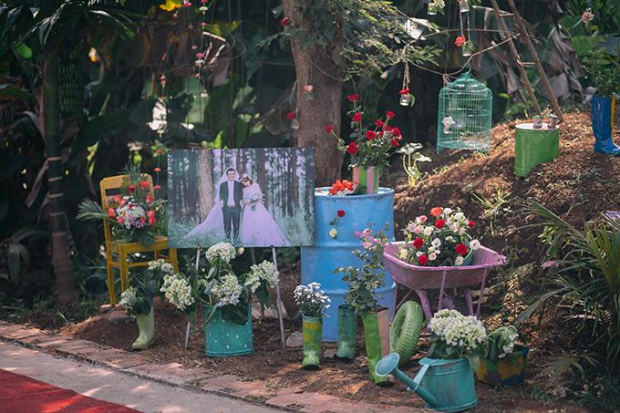 Kỷ niệm đáng nhớ của cả hai vợ chồng khi lên kế hoạch cưới là những lúc lang thang tìm dụng cụ trang trí, trao đổi ý tưởng với những người bạn, tiệm áo cưới và ekip chụp hình.
