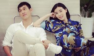 Dàn diễn viên 'Hậu duệ mặt trời' bản Việt vui vẻ ở hậu trường