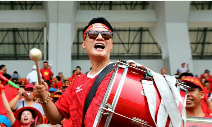 Hoàng Bách: Việt Nam thua nhưng tôi vẫn hạnh phúc và hi vọng.