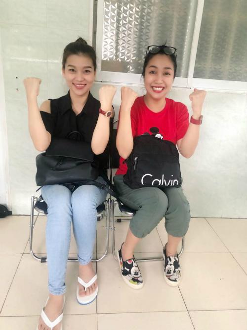 Ốc Thanh Vân và Bảo Như -đôi bạn cùng tiến trong bệnh việncùng Mai Phương.