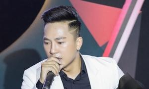 Châu Khải Phong hát lạc giọng vì cổ vũ Olympic Việt Nam quá sung