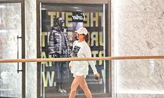 Hoa hậu Hoa kiều 2005 không kiêng khem nhiều trong thai kỳ