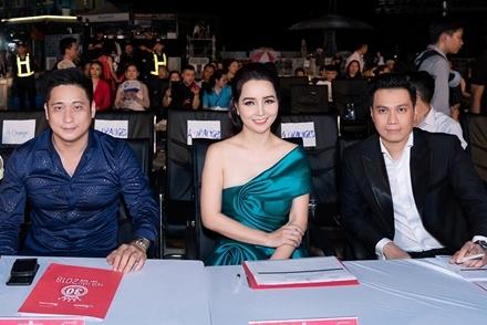 Minh Tiệp, Việt Anh liên tục 'chặt chém' nhau trên ghế nóng Hoa hậu VN