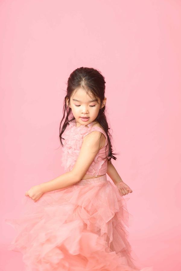 Xuân Lan luôn tự hào về con gái lanh lợi, thông minh và có niềm đam mê thời trang giống cô.