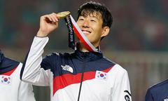 Đồng đội và Tottenham mừng Son Heung-min thoát nghĩa vụ quân sự