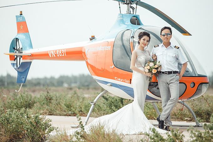 Nữ chính trong bộ ảnh là Huyền Trang (24 tuổi), hiện là điều dưỡng. Còn nam chính là Cao Duy (29 tuổi) đang theo đuổi nghiệp kinh doanh. Cả hai hiện sinh sống và làm việc tại Bến Tre.