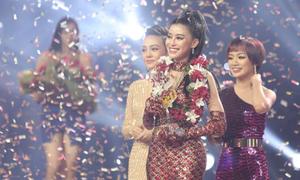 'Cô gái triệu view' Ngọc Ánh bất ngờ khi đăng quang Giọng hát Việt 2018