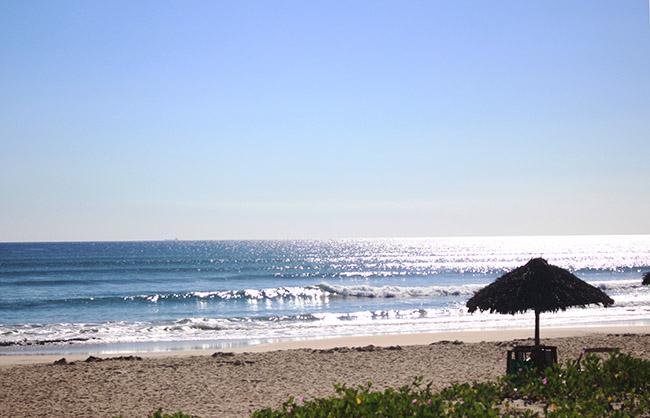 Bãi biển Tam Thanh, nơi người đàn ông bị đột quỵ. Ảnh: Sơn Thủy.