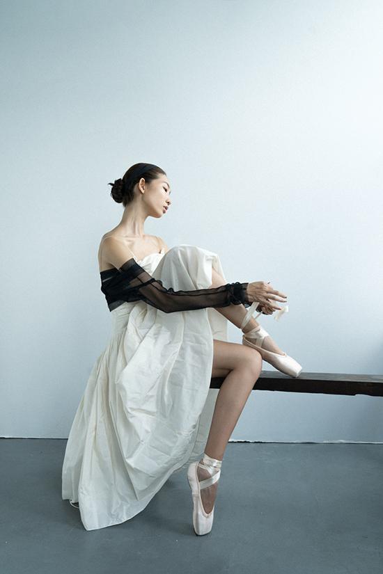 Các mẫu thiết kế mới của Lâm Gia Khang đều được lấy cảm hứng từ vẻ đẹp của các vũ công bộ môn nghệ thuật ballet.
