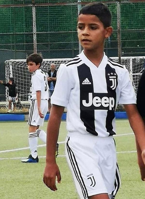 Con trai C. Ronaldo trong màu áo đội U9 Juventus. Ảnh: Instagram.