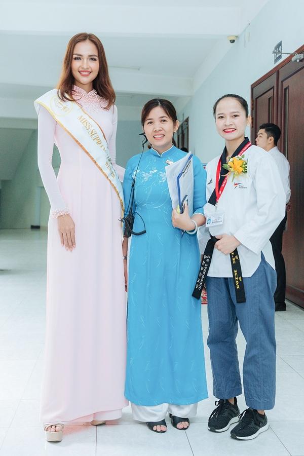 Ngọc Châu sinh năm 1994, cao 1,74m, từng giành quán quân cuộc thi Next Top Model 2016. Sở hữu gương mặt đậm chất hoa hậu, cô được kỳ vọng tham gia một cuộc thi nhan sắc.