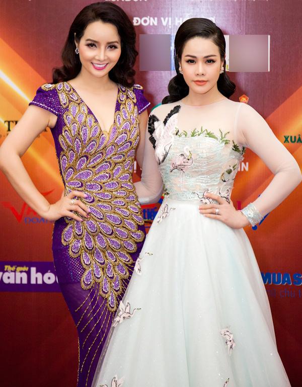 Nhật Kim Anh tới ủng hộ chương trình do đàn chị Mai Thu Huyền khởi xướng.