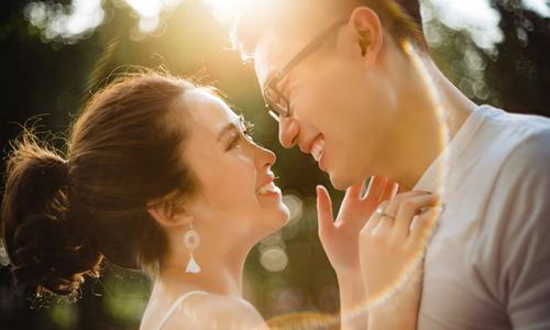 Ảnh cưới trong trẻo như 'nắng mai' của uyên ương đến từ TP HCM