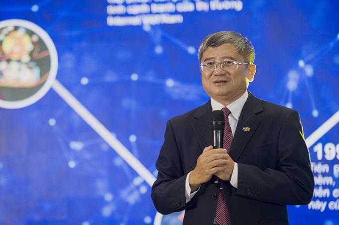 Ông Bùi Quang Ngọc, Tổng Giám đốc FPT tại buổi họp báo sáng ngày 6/9.
